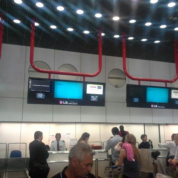 Foto tomada en Aeropuerto Internacional de Brasilia Presidente Juscelino Kubitschek (BSB) por Comandante A. el 9/9/2013