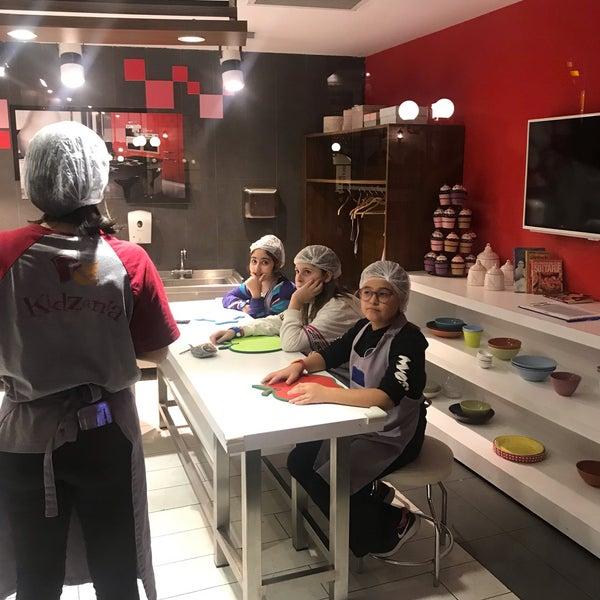 Photo prise au KidZania İstanbul par TC Aslı Ş. le11/19/2019