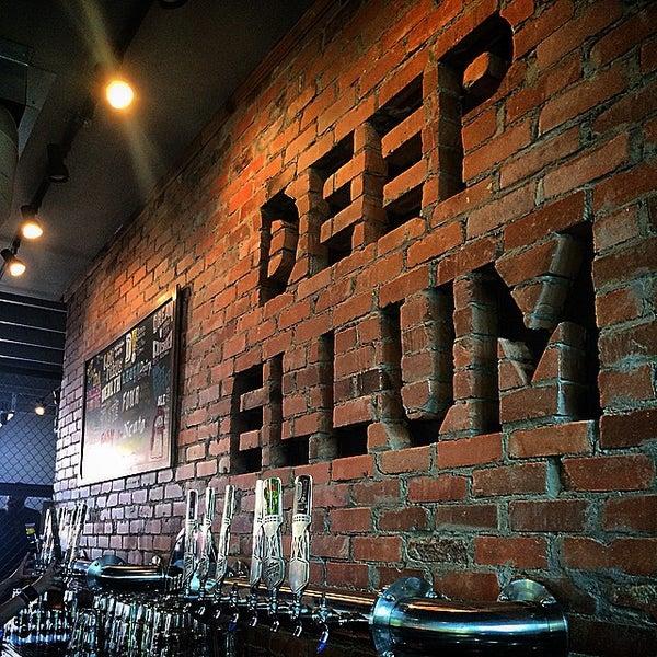 Photo prise au Deep Ellum Brewing Company par PureSky le6/27/2015