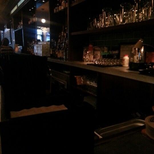 9/20/2012에 Ken R.님이 Rosamunde Sausage Grill에서 찍은 사진