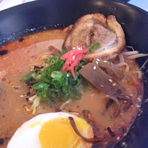 Das Foto wurde bei Chibiscus Asian Cafe & Restaurant von seiko am 8/28/2014 aufgenommen