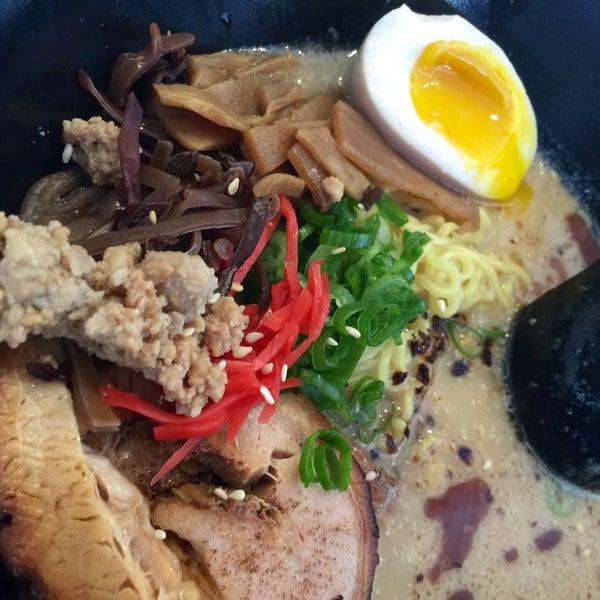 Foto tirada no(a) Chibiscus Asian Cafe & Restaurant por seiko em 3/25/2015
