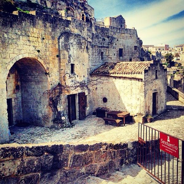 Foto tirada no(a) Sextantio | Le Grotte della Civita por Marina R. em 3/21/2015