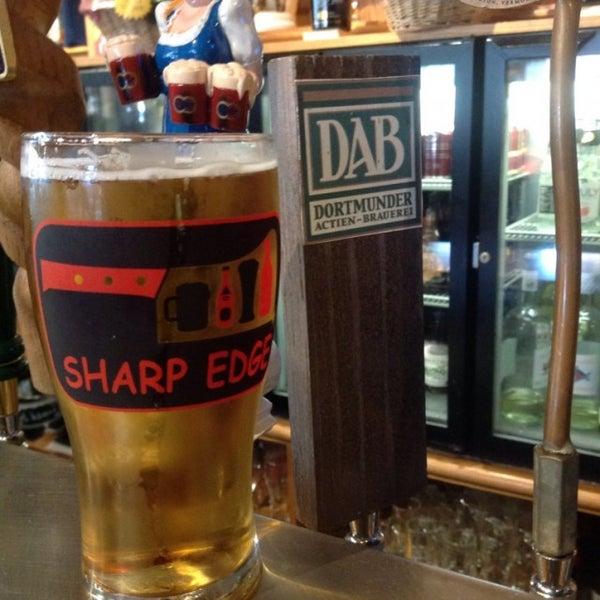 9/1/2016에 Rob D.님이 Sharp Edge Beer Emporium에서 찍은 사진