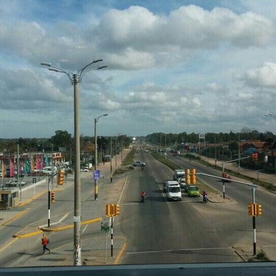 Foto tirada no(a) Costa Urbana Shopping por Marcelo L. em 5/29/2015