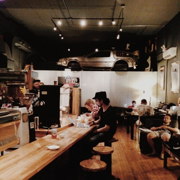 7/19/2013에 Daniel S.님이 The Wormhole Coffee에서 찍은 사진
