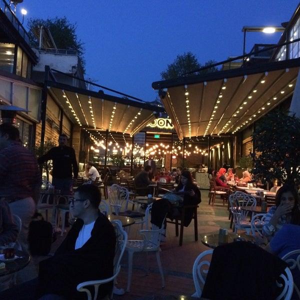 Foto tomada en Boon Cafe & Restaurant por KaanEfe S. el 5/6/2015