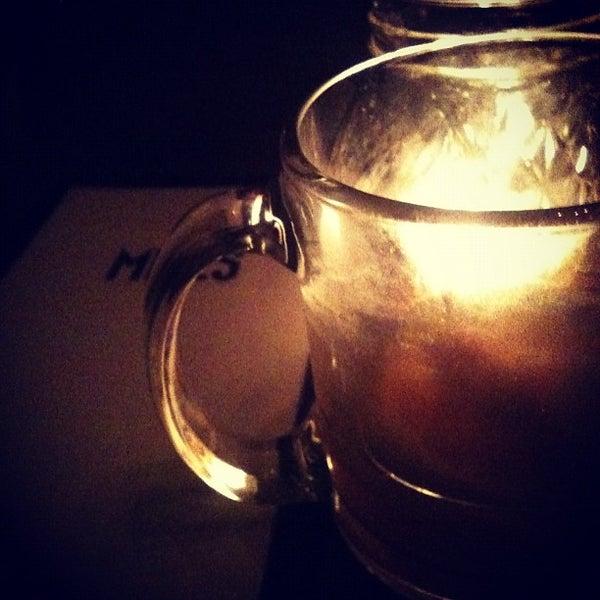 Foto tirada no(a) Miles por Andre R. em 11/22/2012