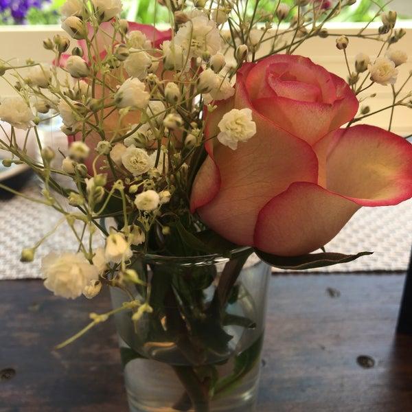Foto scattata a Whitman & Bloom da Sara G. il 4/29/2017