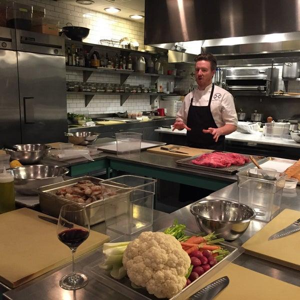 Photo prise au Haven's Kitchen par Melissa F. le12/2/2015