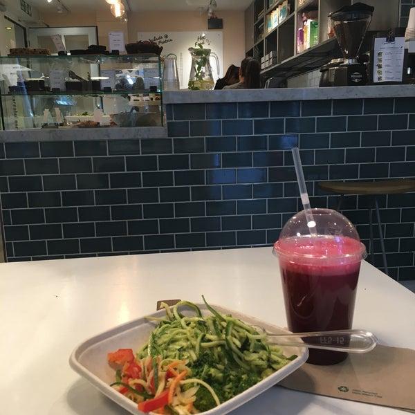 Café In London
