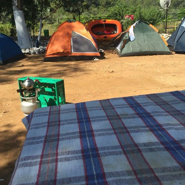 7/8/2016 tarihinde Ömer A.ziyaretçi tarafından Azmakbasi Camping'de çekilen fotoğraf
