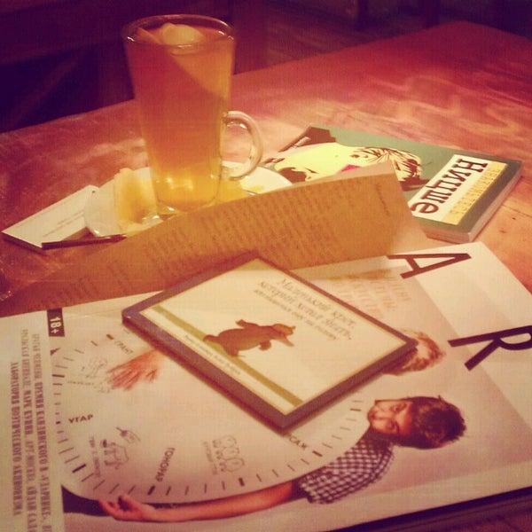 12/2/2012 tarihinde Marina K.ziyaretçi tarafından Thistle Pub'de çekilen fotoğraf
