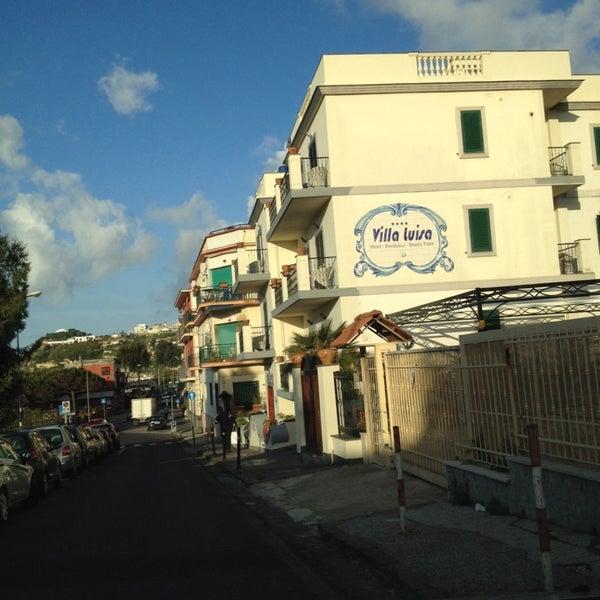 Das Foto wurde bei Hotel Villa Luisa von Procolo G. am 5/2/2014 aufgenommen