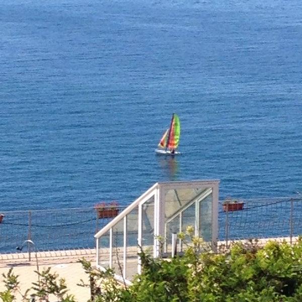Foto tirada no(a) Hotel la Tripergola por Procolo G. em 5/18/2014