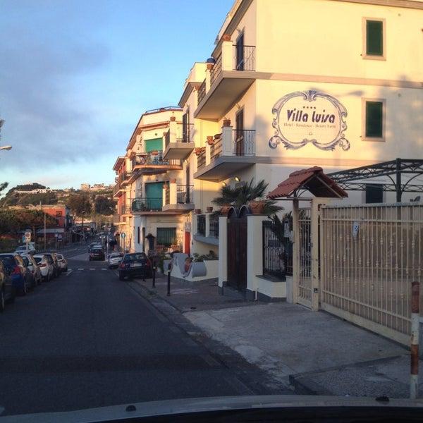 Das Foto wurde bei Hotel Villa Luisa von Procolo G. am 4/17/2014 aufgenommen