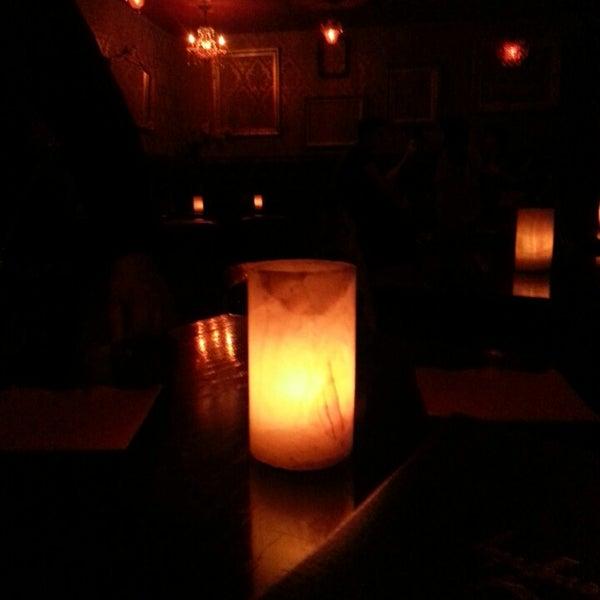 Foto tomada en Seventy7 Lounge por Roman T. el 3/28/2014