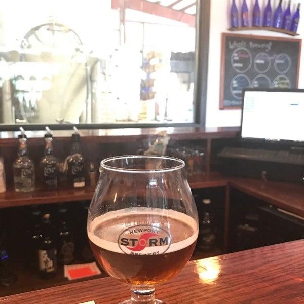 Das Foto wurde bei Newport Storm Brewery von Megan M. am 5/19/2017 aufgenommen