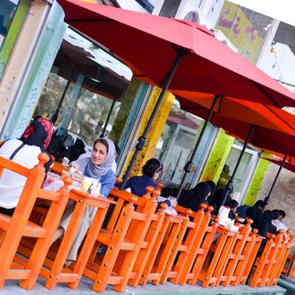 Foto tomada en Emmawash Traditional Restaurant | مطعم اموش por Mohammed F. el 12/30/2014