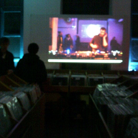 11/28/2012에 Aurélien님이 Music Mania에서 찍은 사진