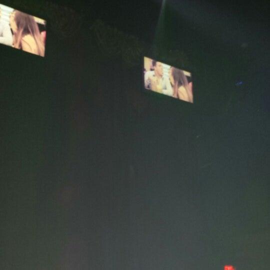 รูปภาพถ่ายที่ Opera Teatro Bar โดย OOO เมื่อ 6/27/2014