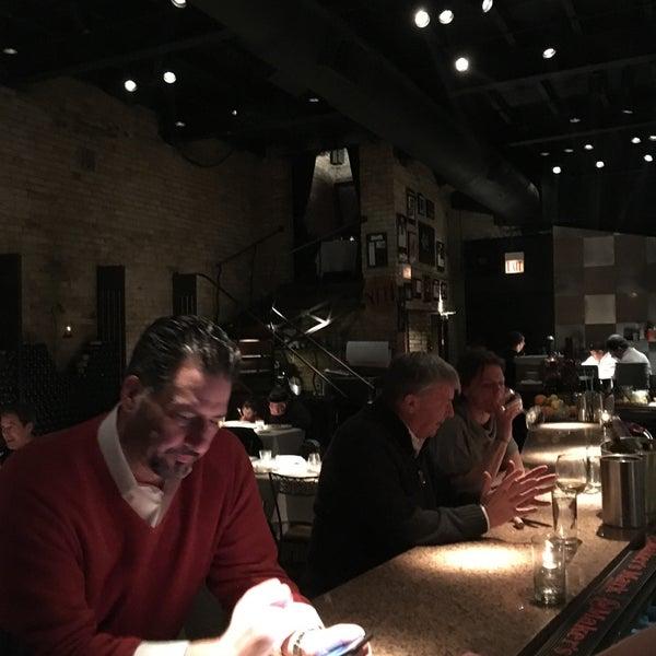 Foto diambil di Vivo Restaurant oleh Michael C. pada 3/4/2016