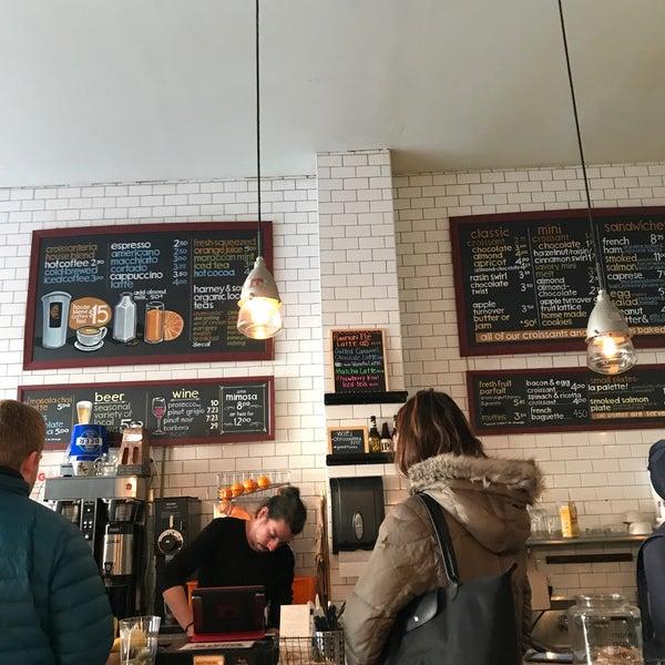 รูปภาพถ่ายที่ Croissanteria โดย Rigt เมื่อ 3/17/2018