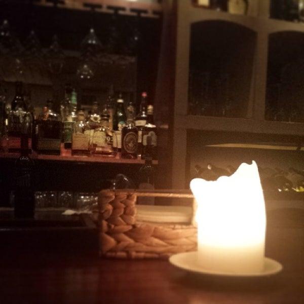 3/27/2014にFoster R.がThe Tangled Vine Wine Bar & Kitchenで撮った写真