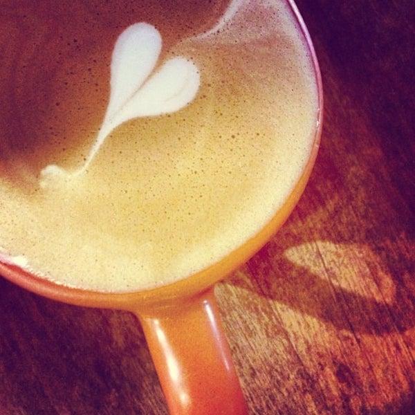 3/20/2014에 PoloX H.님이 Casasola Café & Brunch에서 찍은 사진