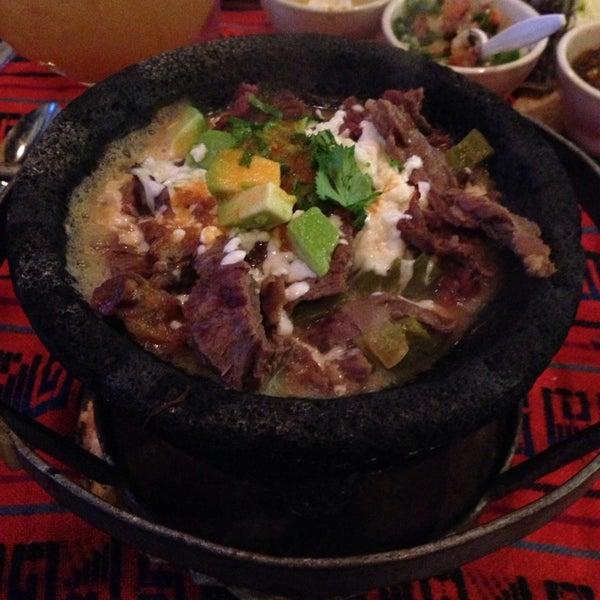 Das Foto wurde bei Mi Pueblito Restaurant Bar & Grill von Carlos Z. am 2/22/2014 aufgenommen