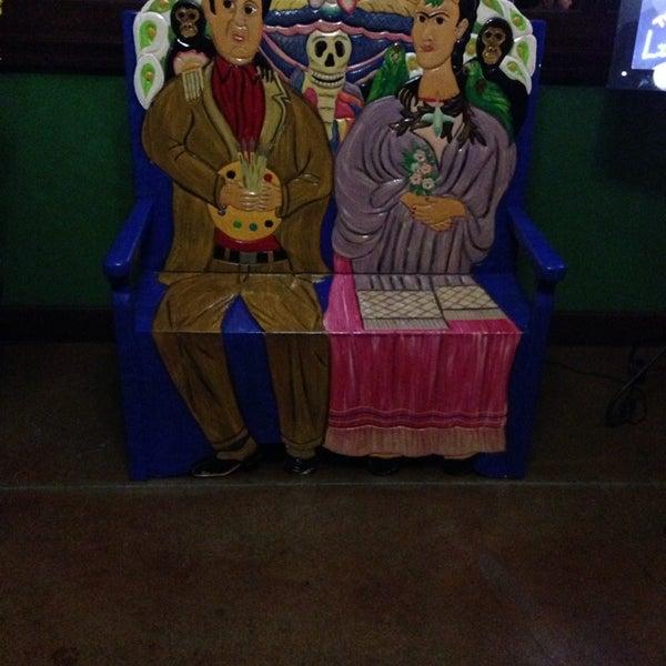 Das Foto wurde bei Mi Pueblito Restaurant Bar & Grill von Carlos Z. am 12/21/2013 aufgenommen