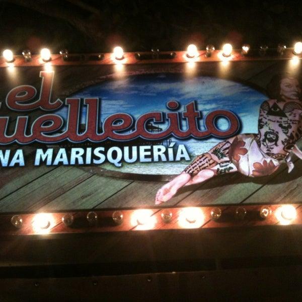 Foto scattata a El Muellecito da Andres B. il 12/26/2012