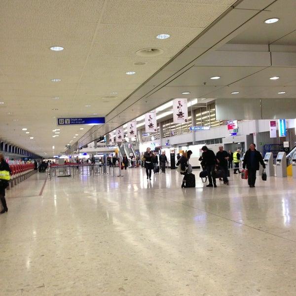 Photo prise au Aéroport de Genève Cointrin (GVA) par Alena G. le3/21/2013