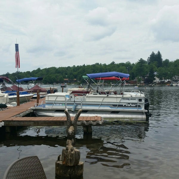 Photos At Nick S Lake House Restaurant Restaurant In Lake Harmony