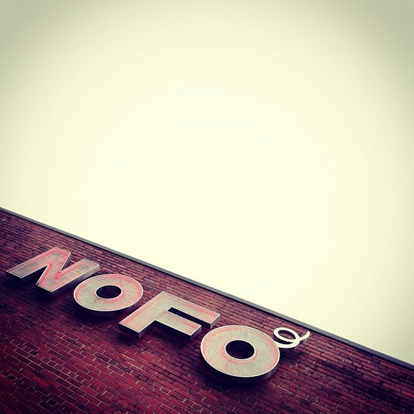 Foto tirada no(a) NOFO @ the Pig por Robb M. em 10/7/2012