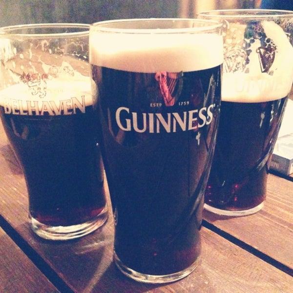 Foto scattata a Boondock Pub da Christina P. il 3/1/2013