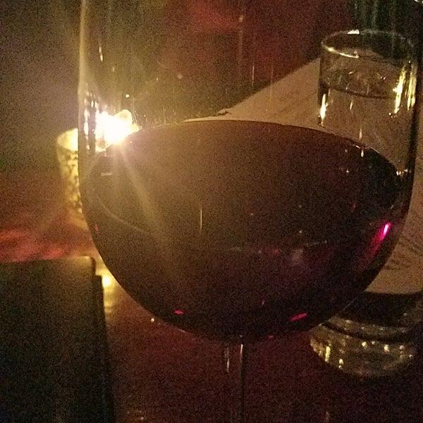11/22/2017にAnna R.がThe Tangled Vine Wine Bar & Kitchenで撮った写真