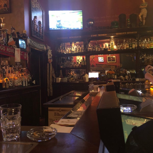 Foto scattata a McMullan's Irish Pub da Bob W. il 11/3/2018