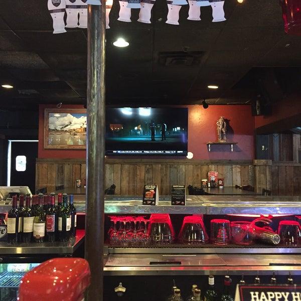 7/16/2017에 Bob W.님이 Jerseys Bar & Grill에서 찍은 사진