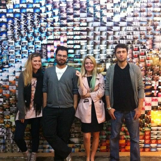 Photo prise au Lomography Embassy Store Istanbul par ihsan d. le11/3/2012