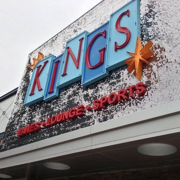 Снимок сделан в Kings Dining & Entertainment пользователем Nicolas H. 12/27/2012