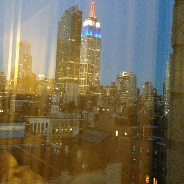 4/5/2013 tarihinde Klausziyaretçi tarafından Hilton New York Fashion District'de çekilen fotoğraf