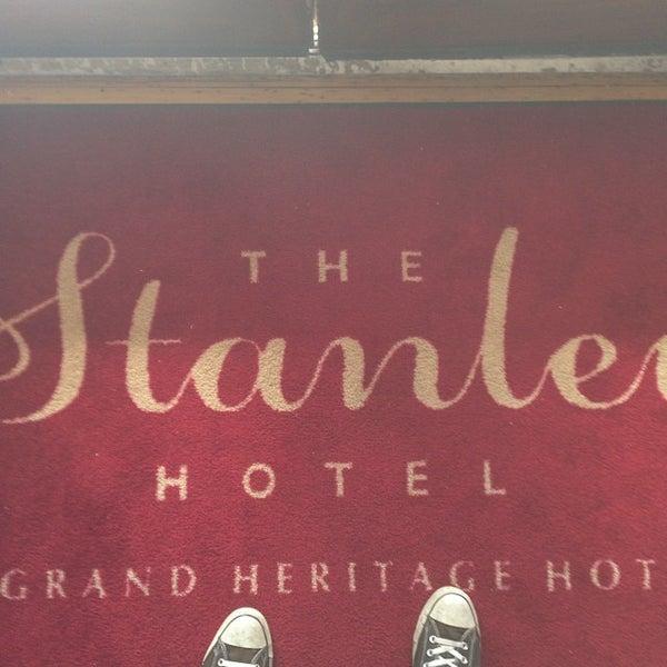 Снимок сделан в Stanley Hotel пользователем Christopher S. 10/19/2013