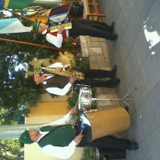 Foto tomada en Torquês Restaurante por Marla G. el 5/13/2012