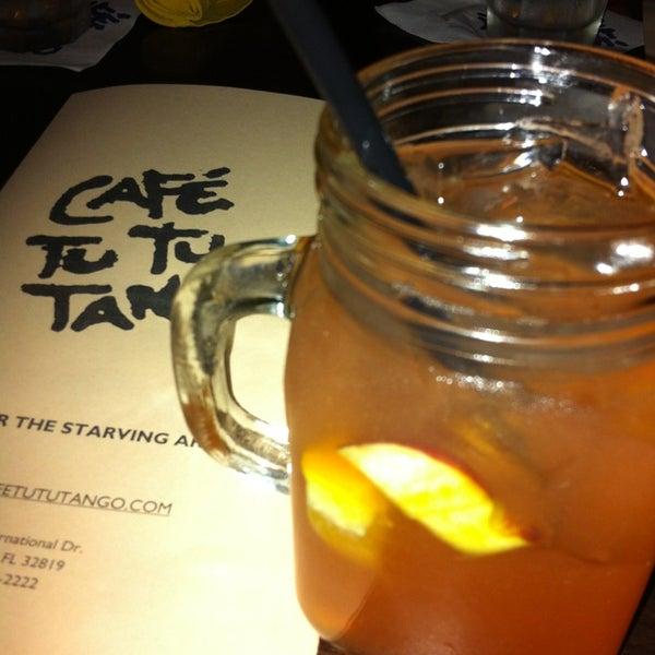 Foto diambil di Café Tu Tu Tango oleh Paula K. pada 1/17/2013