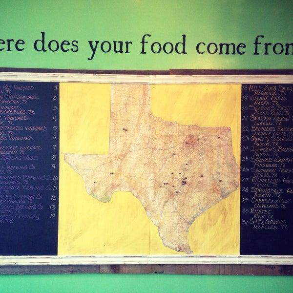 Das Foto wurde bei Greenhouse Craft Food von Greenhouse Craft Food am 4/9/2014 aufgenommen