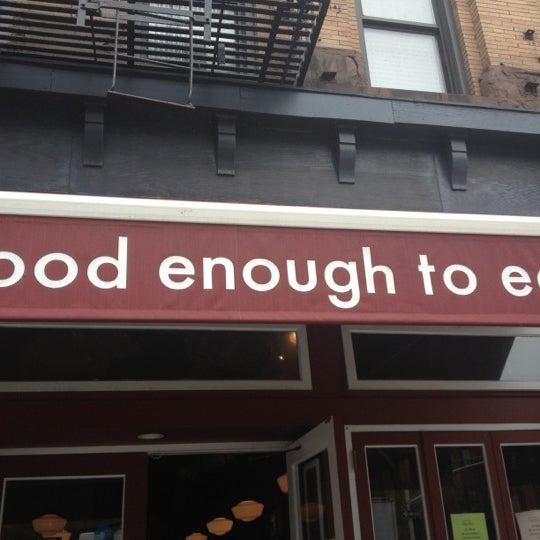 5/22/2013 tarihinde md l.ziyaretçi tarafından Good Enough to Eat'de çekilen fotoğraf
