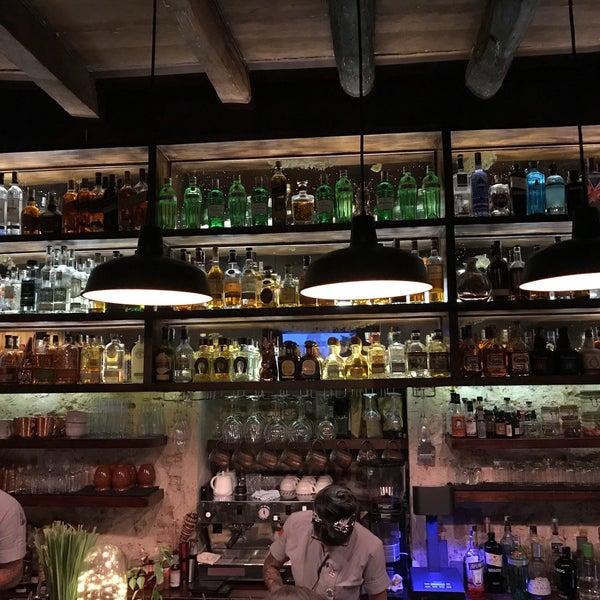 Photo taken at EL BARÓN - Café & Liquor Bar by Lourens B. on 8/14/2018