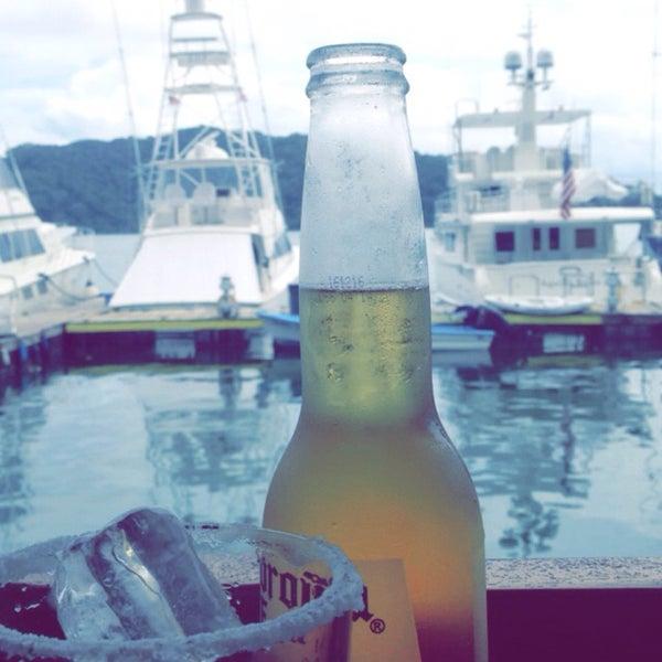 Foto tirada no(a) Banana Bay Marina (Bahía Banano, S.A.) por Mary V. em 5/20/2016