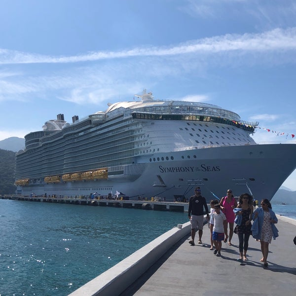 Photos at Royal Caribbean Symphony Of The Seas - Cruise in Miami